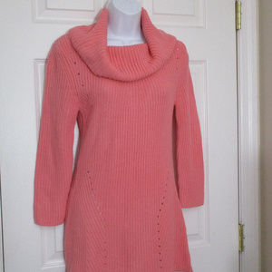 PRE-OWNED NEW YORK & COMPANY COWL NECK SWEATER